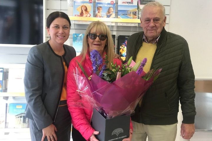 Flowers sent to first Hays Travel customers at ex Thomas Cook shop