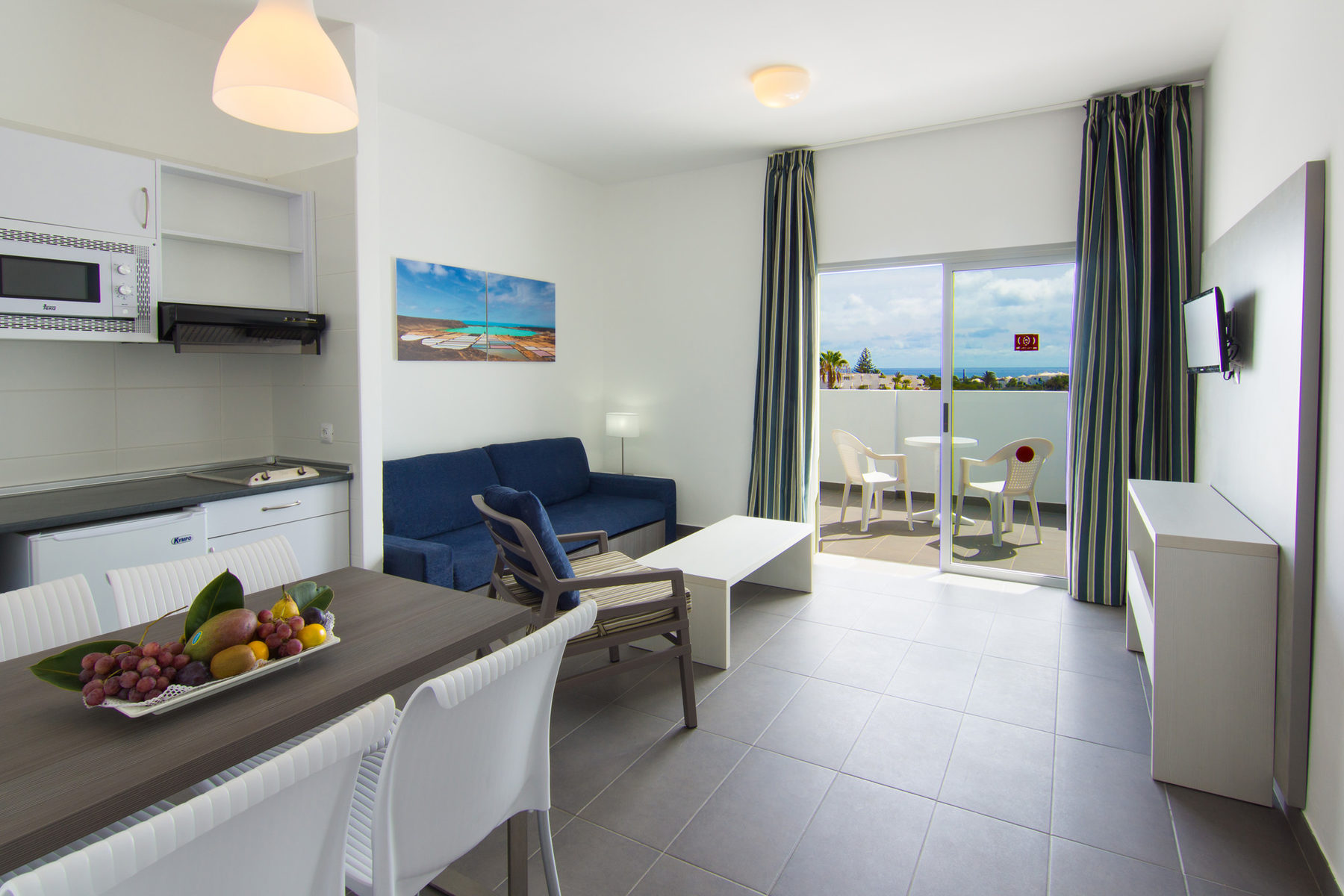 Smartline Ficus Apartments