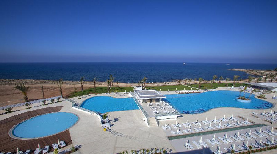 King Evelthon Beach Hotel